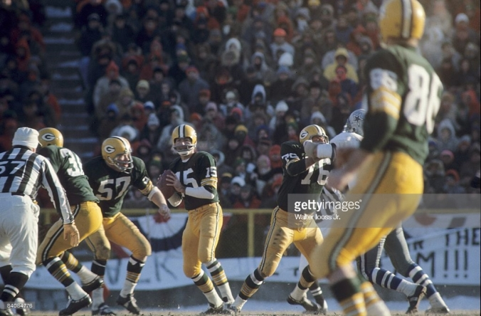 Bart looking downfield in the Ice Bowl